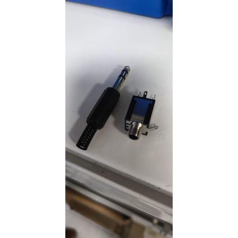 Conector Jack de 6,35 mm stereo macho